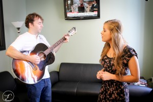 Green Room Rehearsal: the singer feels at home with country music. (Photo/Taylor Mansen)