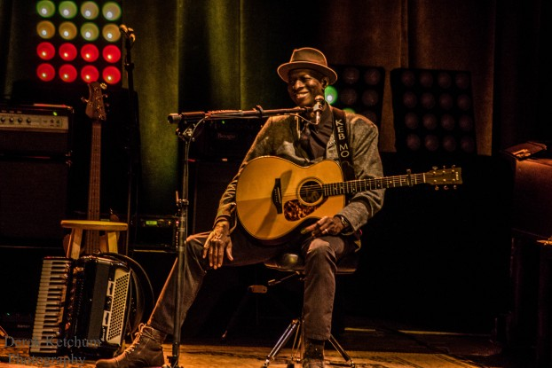 Intimate, Crowd-Pleasing Show: Keb' Mo'  brought his musical tales to Kalamazoo's State Theatre this weekend. (Photo/Derek Ketchum)