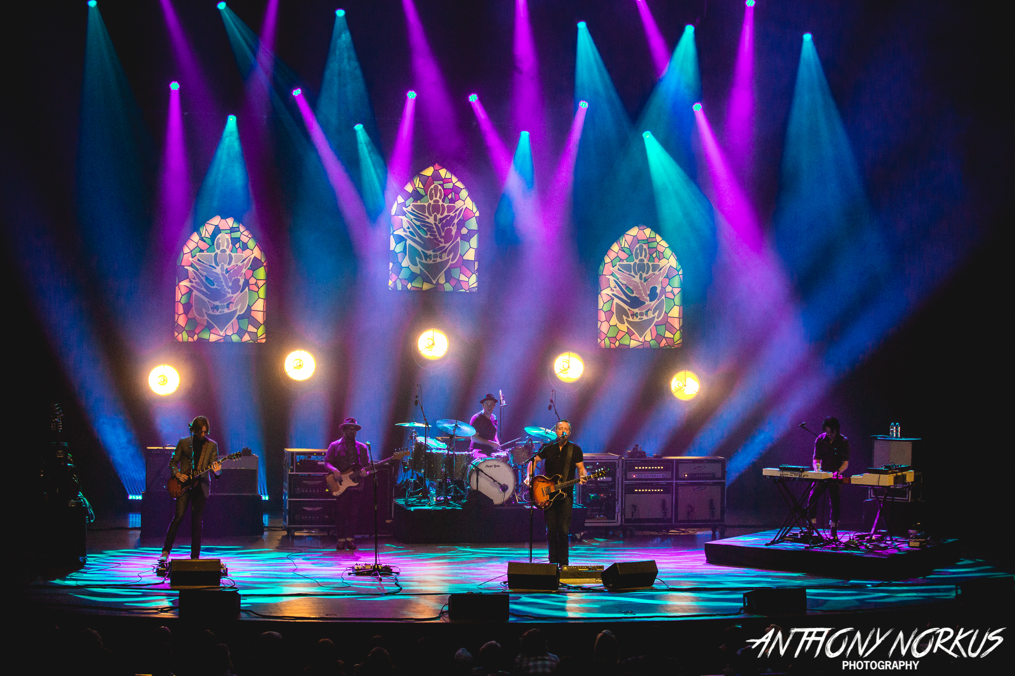 Compelling Set: Jason Isbell and The 400 Unit on stage Monday at DeVos Performance Hall. (Photo/Anthony Norkus)