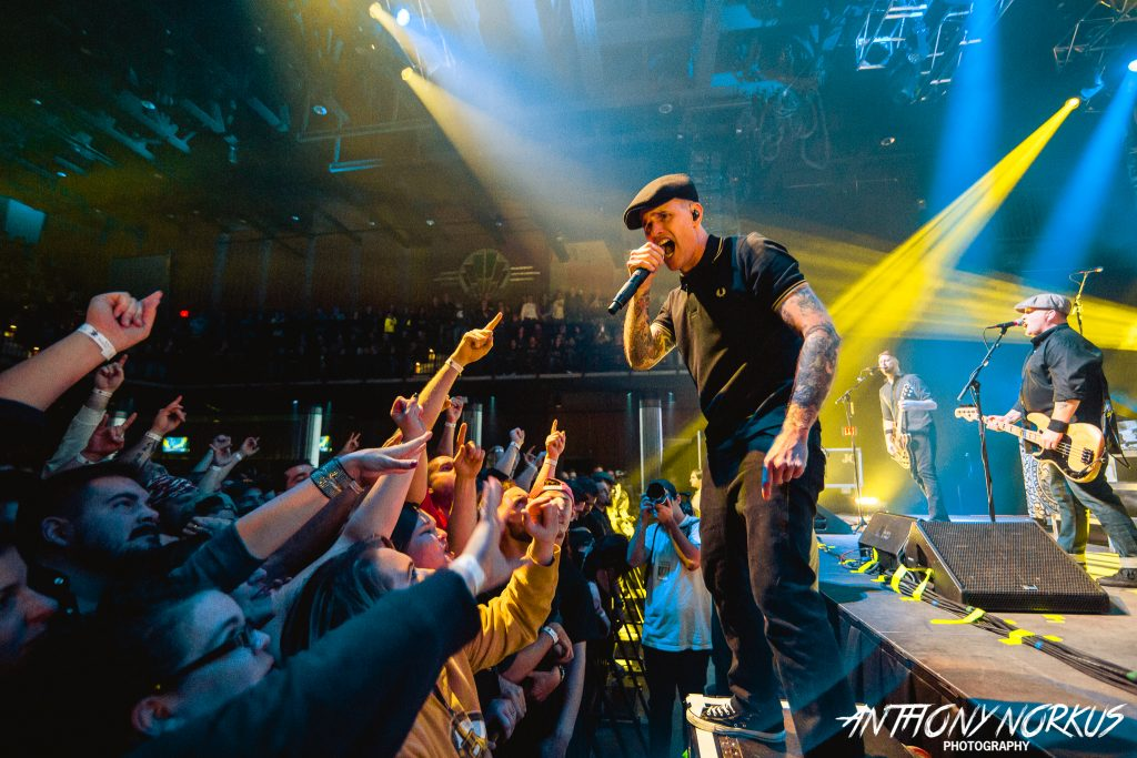 Pop Evil, Dropkick Murphys, Knee Deep Shag, Big Gigantic, Lettuce, Melophobix, Yolonda Lavender: Weekend Photo Galleries