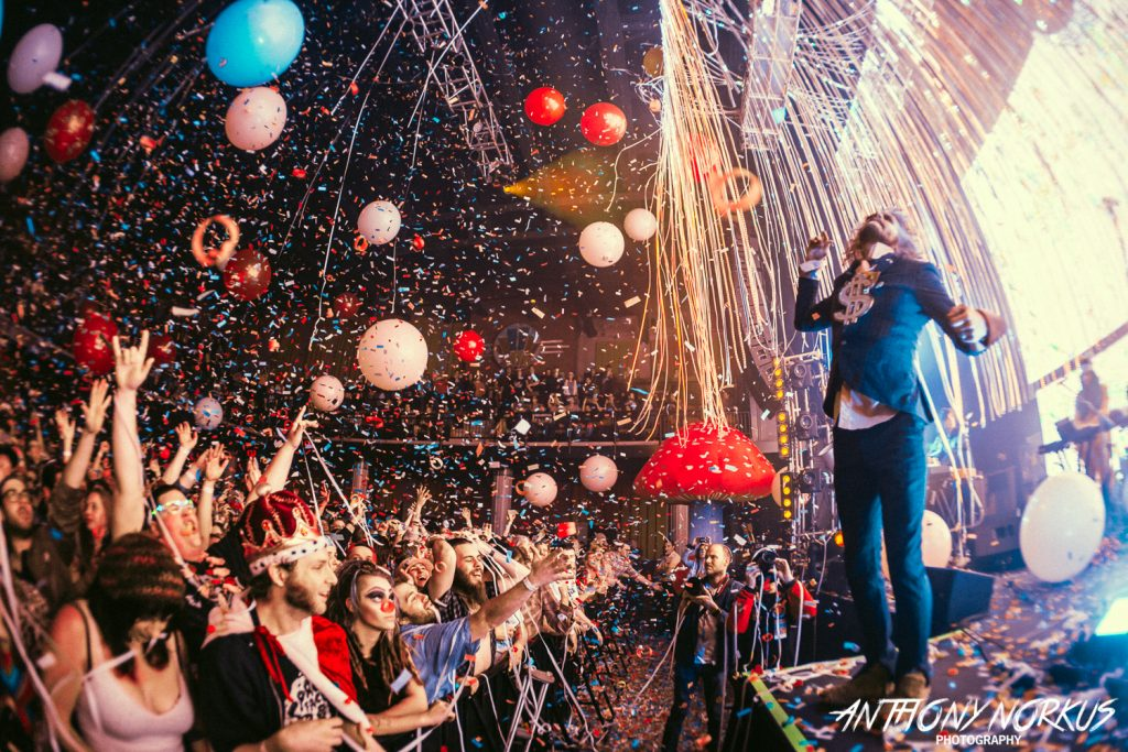 Flaming Lips fire up wild, weird, wonderful barrage of music, marvels at 20 Monroe Live