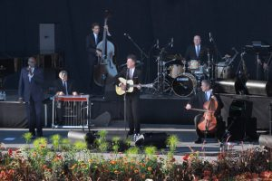 Lyle Lovett and His Large Band (Photo/Jon Brouwer)