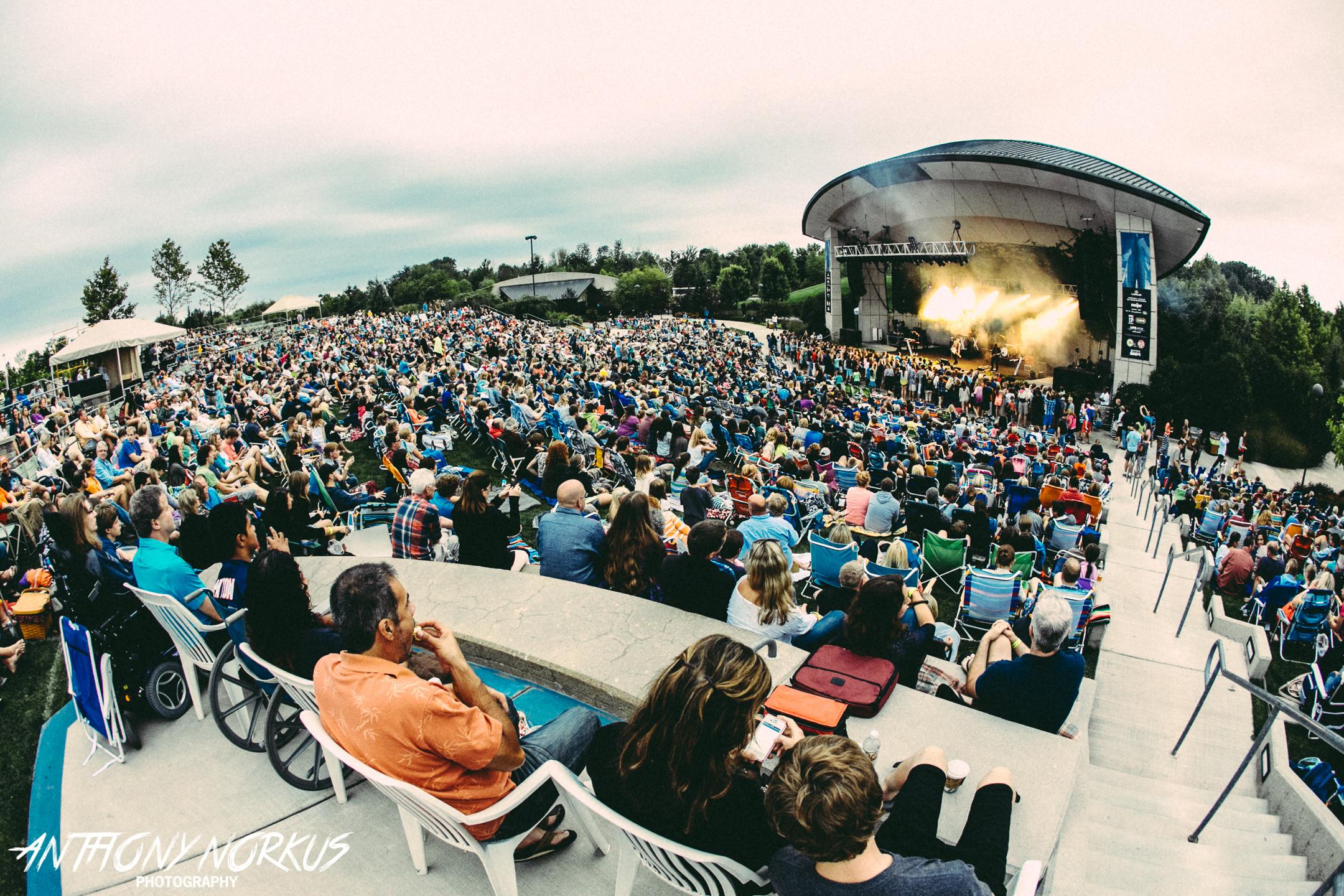 Needtobreathe Jennifer Nettles And Kc The Sunshine Band To Play Meijer Gardens Summer Concert