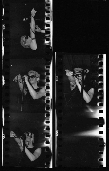 Lou Reed at the Grand Valley State Colleges fieldhouse in 1974. (Photos/Mark Harmel)