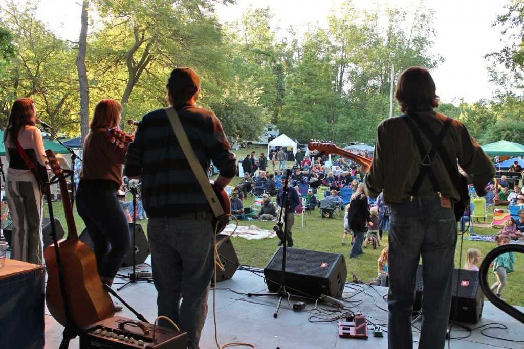 Community Atmosphere: The Buttermilk Jamboree will continue to embrace a family vibe in 2015. (Photo/Local Spins)