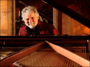 Leavell (Courtesy ChuckLeavell.com)