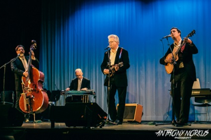 On Stage: From left, Tim Foley, Paul Harris, Craig Van Otteren and Nathan James of Jukejoint Handmedowns. (Photo/Anthony Norkus)