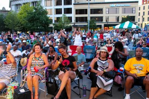 Happy Crowd: GRandJazzFest drew a large assemblage of jazz fans to Rosa Parks Circle. (Photo/Taylor Mansen)