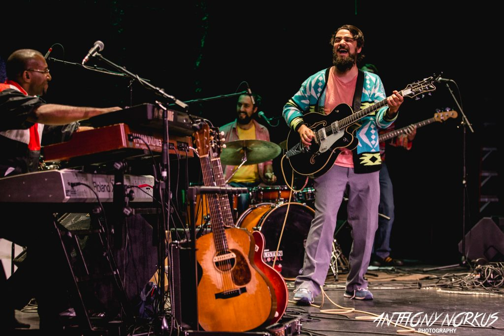 Upbeat Night: Seth Bernard powered up his community-building message at Wealthy Theatre. (Photo/Anthony Norkus)