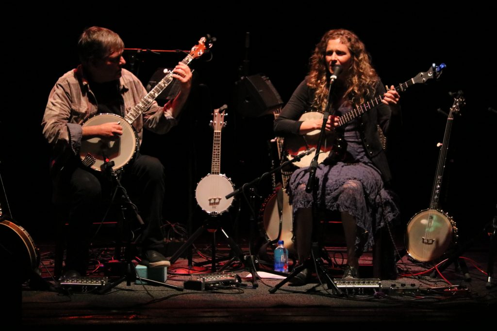 Bela Fleck & Abigail Washburn, Asleep at the Wheel added to St. Cecilia Music Center's Acoustic Cafe series
