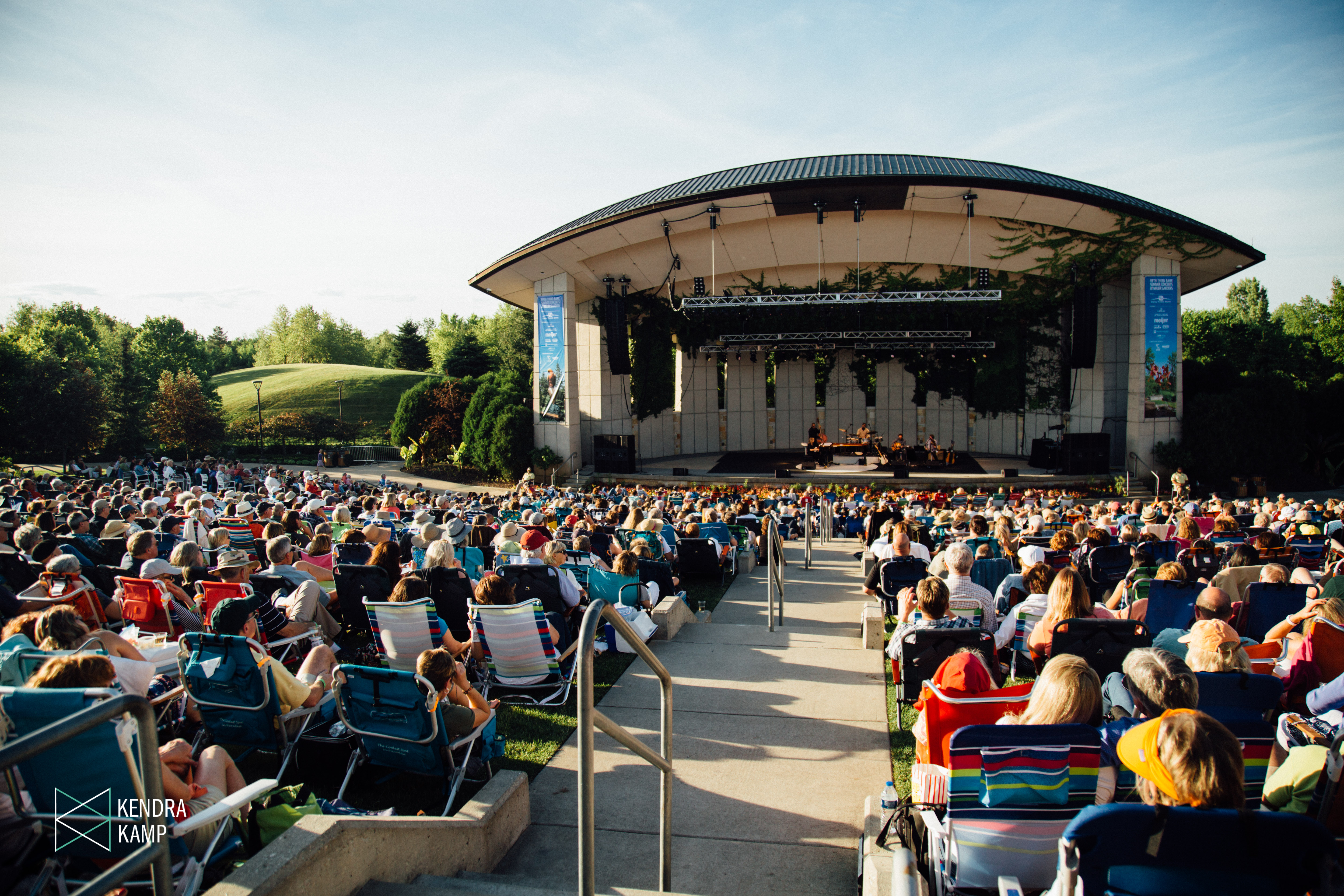 Diana Krall Captivates Laid Back Crowd At Meijer Gardens
