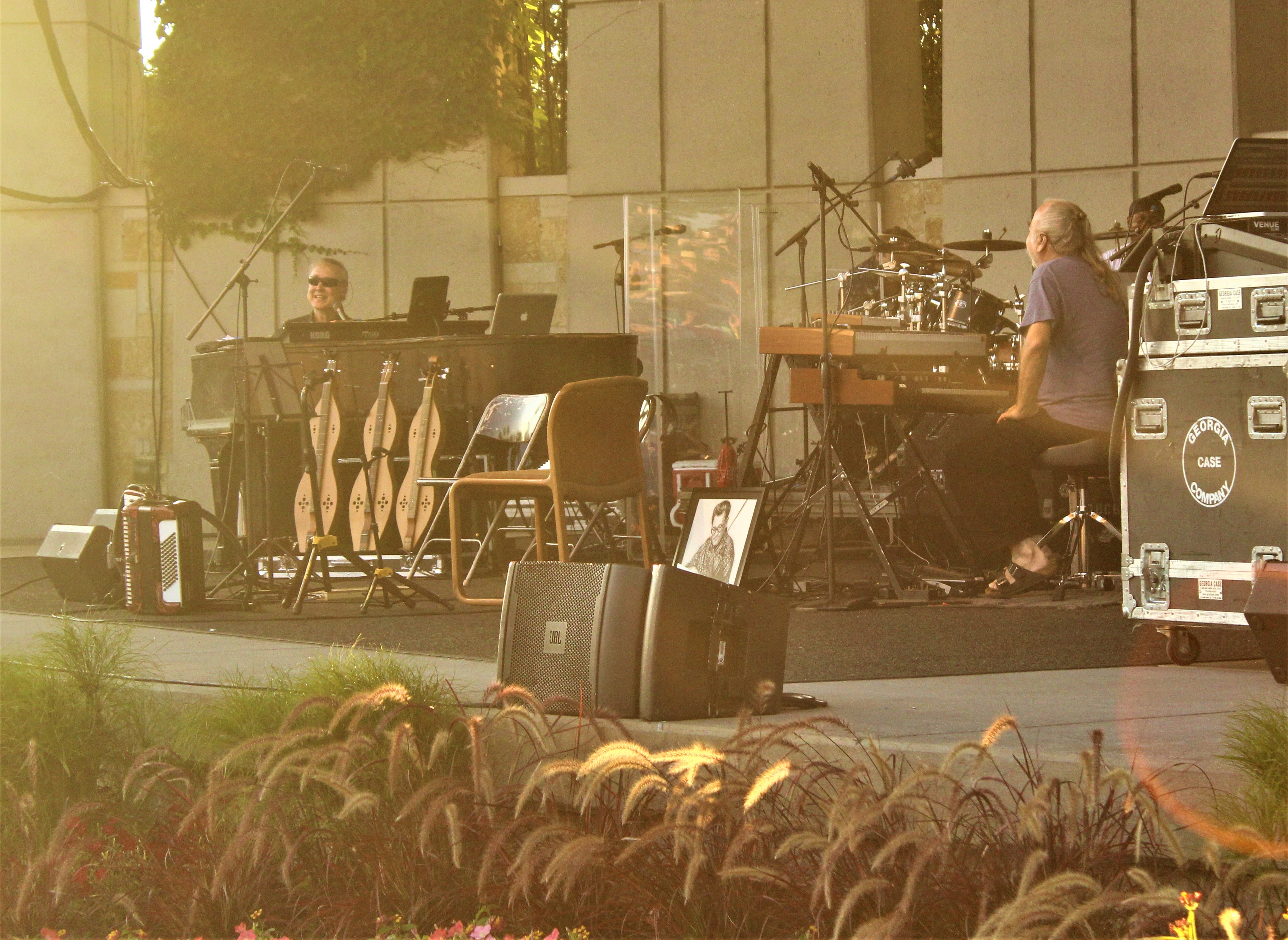 Bruce Hornsby makes beautiful noise in return to Meijer Gardens
