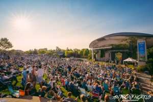 Sunny Skies: Friday brought appropriate weather for reggae. (Photo/Anthony Norkus)