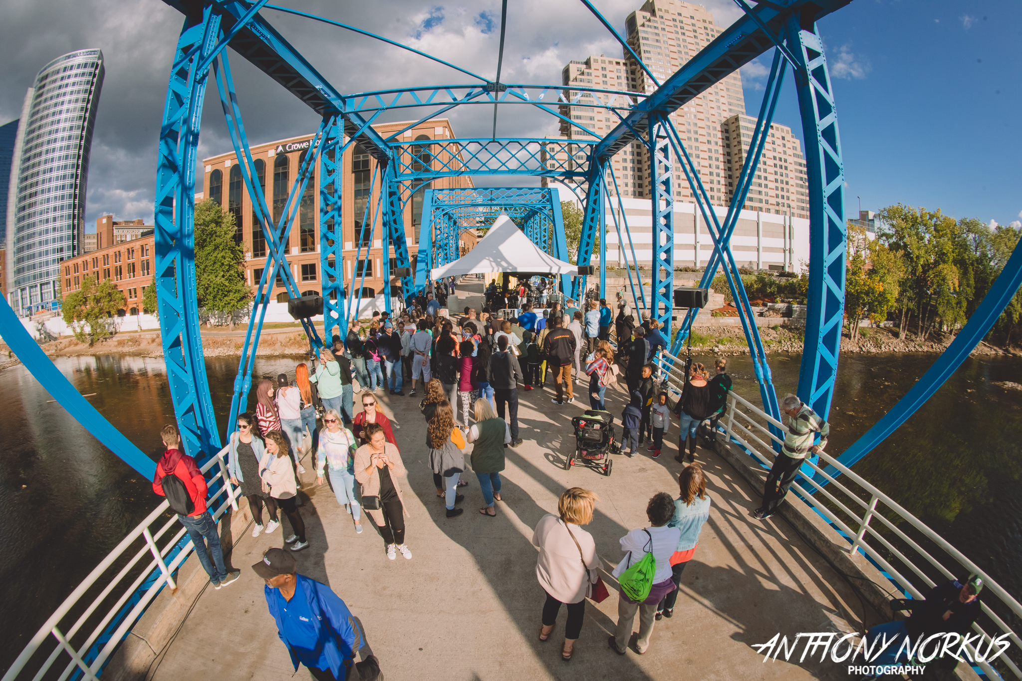Lindsay Lou, Jake Kershaw to play ArtPrize Blue Bridge Fest