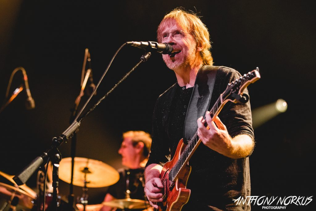Trey Anastasio brings rock-star power, blistering trio jams to Grand Rapids