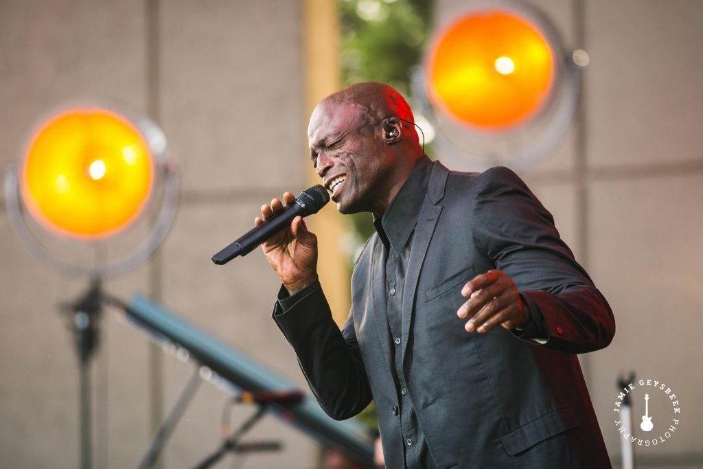 Fueled by familiarity, Seal serves up fresh renditions of classics at Meijer Gardens
