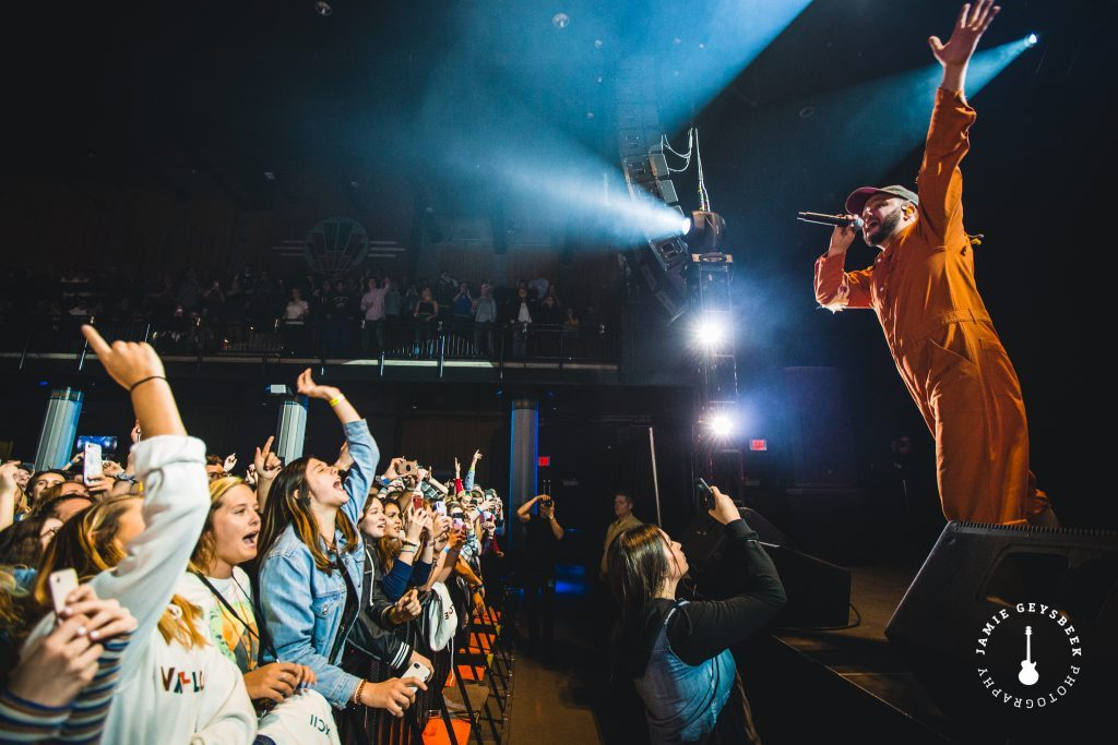 Quinn XCII ignites capacity Grand Rapids crowd with emotional, Michigan-bred pop