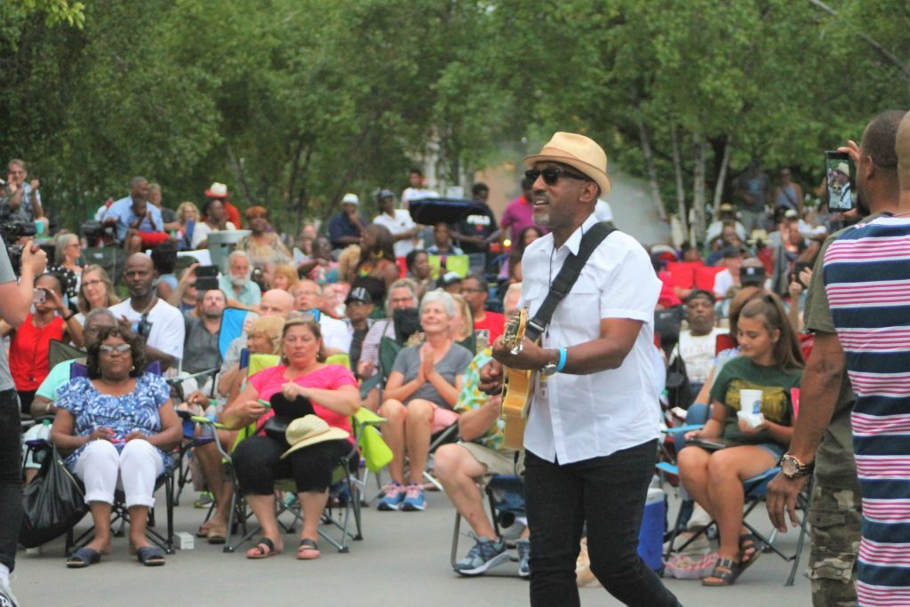 GRandJazzFest heats up downtown with eclectic jazz, 'good taste of Grand Rapids'
