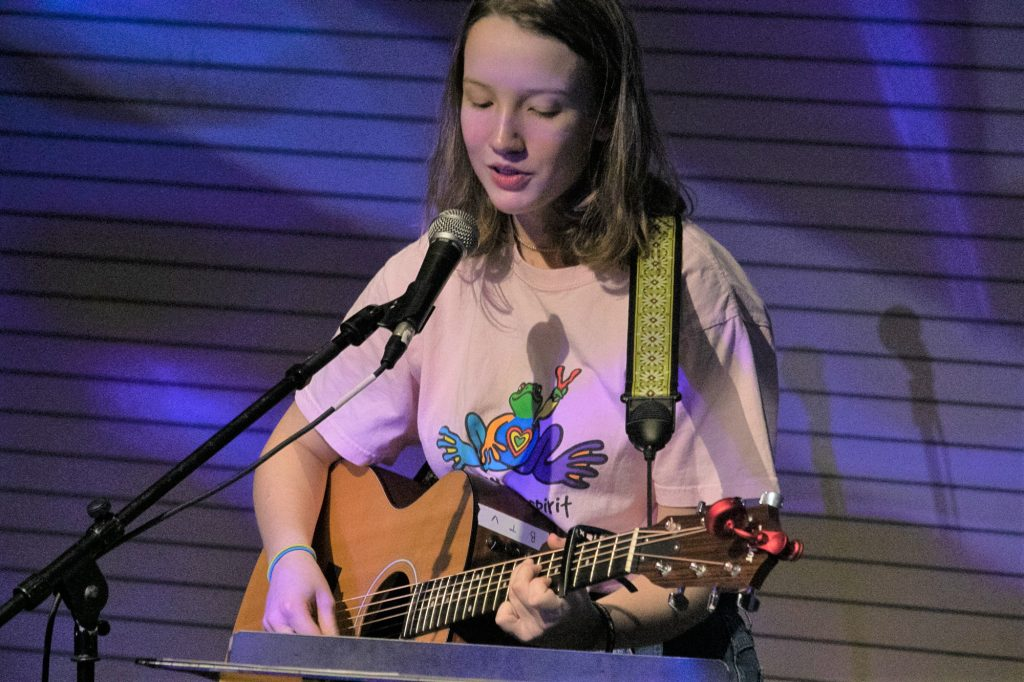 West Michigan teen songster Lucy Lowis brings 'old soul' flavor to debut album
